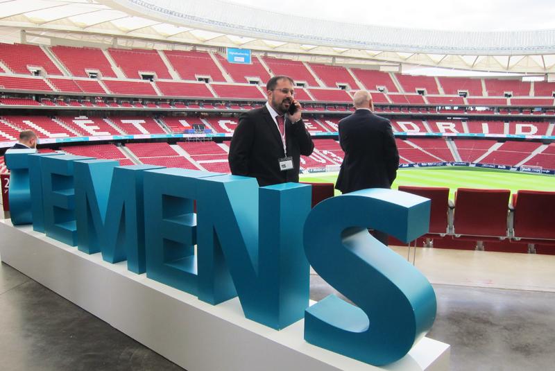 El Estadio Wanda Metropolitano fue el escenario en el que Siemens reunió al sector tecnológico en el 'Digitalization Day'.