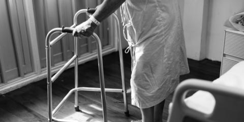 """Sistema inteligente de alerta y monitorización de personas mayores y/o dependientes que viven solas (Proyecto """"Lucía"""")"""