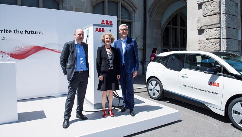 Con esta donación, ABBpretende ayudar a Zúrich a construir una infraestructura de carga global que incluya todo tipo de vehículos, desde coches, hasta autobuses y camiones eléctricos.