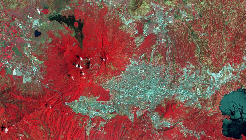 Las imágenes satelitales junto a otros datos que se recogen desde el espacio son las herramientas con las que trabaja la Agencia Espacial Europea en uno de sus proyectos para reducir el impacto de los desastres naturales.