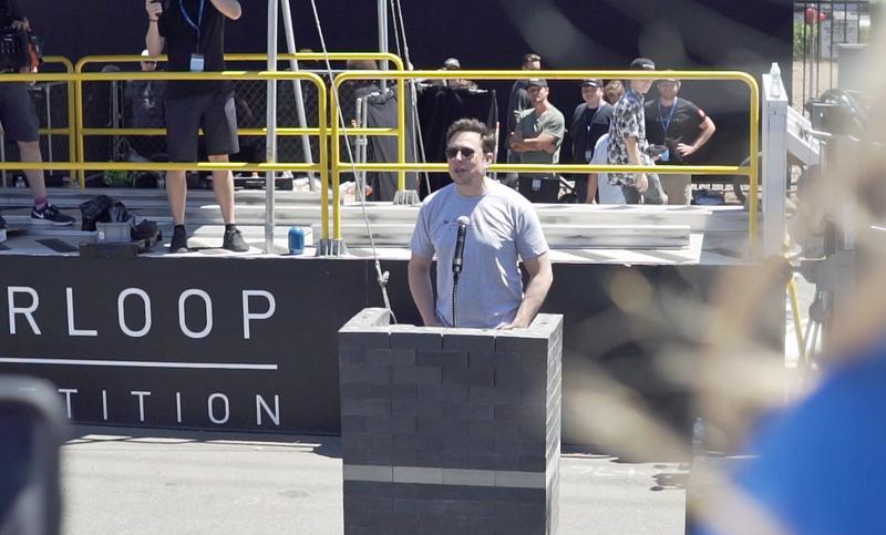 Elon Musk, creador de la idea de Hyperloop durante la competición celebrada en Los Ángeles el pasado fin de semana.