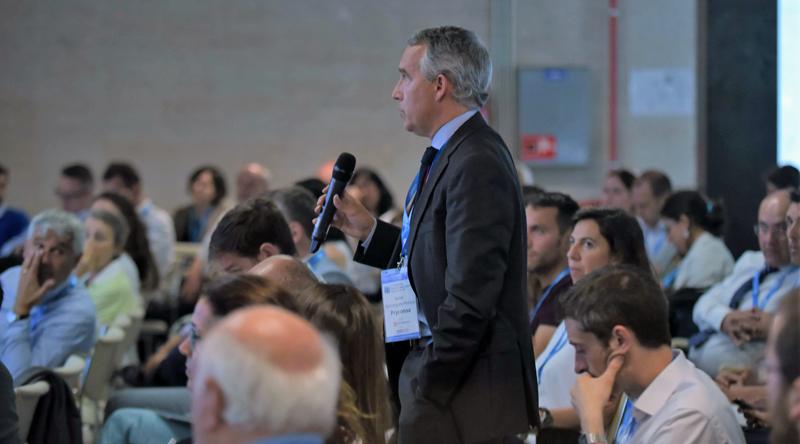 Congresistas participaron activamente en la ronda de preguntas durante el IV Congreso Edificios Inteligentes.