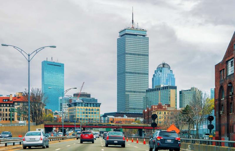 El estudio se centra en todos los efectos que producirá el vehículo autónomo en el tráfico de las ciudades, tanto en sus áreas más céntricas como en barrios más periféricos.