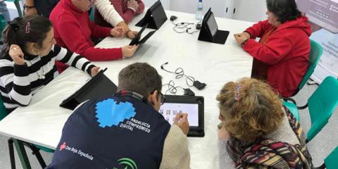 Convocatoria de subvenciones por valor de 1,68 millones para los centros 'Andalucía Compromiso Digital'