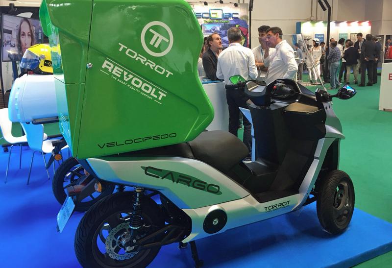Vehículo de Revoolt para el reparto de última milla, un proyecto en el que quiere desarrollar toda una flota de vehículos eléctricos y autónomos.