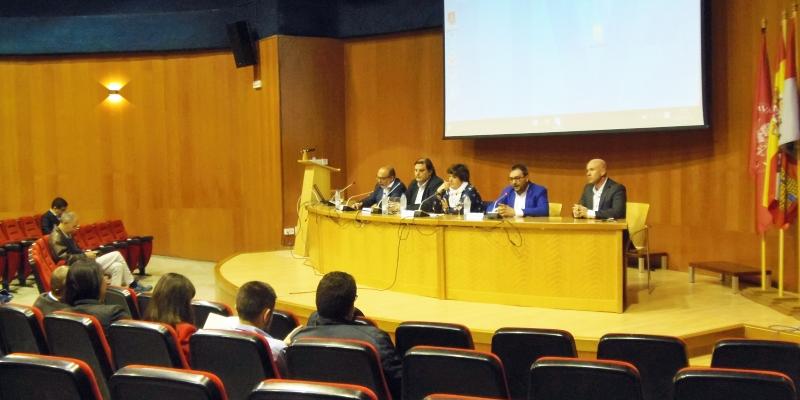 Inauguración del Congreso Iberoamericano de Smart Cities en Soria, donde se puso de manifiesto la importancia de desarrollar las áreas alejadas de las ciudades como territorio rural inteligente.
