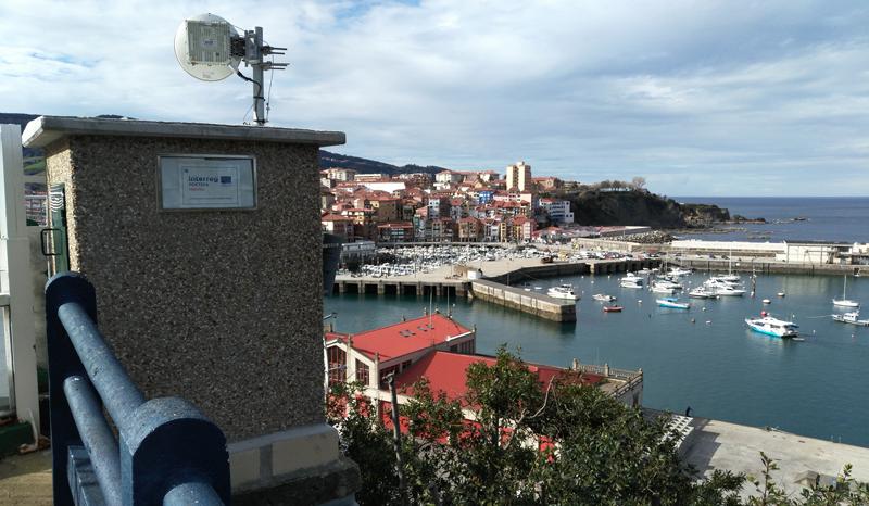 Playa de Bermeo, País Vasco, donde se aplica el sistema de videometría que permite generar patrones sobre el comportamiento de las corrientes, mejora la seguridad del baño y facilita la gestión inteligente de las playas.
