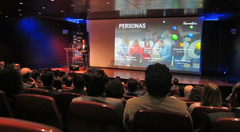 """El encuentro """"Deconstruyendo la transformación digital"""" de Ibermática se desarrolló en uno de los auditorios del Museo Reina Sofía de Madrid."""
