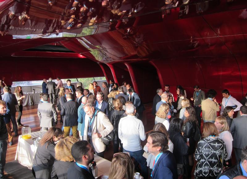 Durante la jornada, los asistentes pudieron compartir impresiones y experiencias.