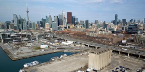 Toronto proyecta un distrito inteligente desde cero basado en la participación, con viviendas asequibles, tecnologías y renovables