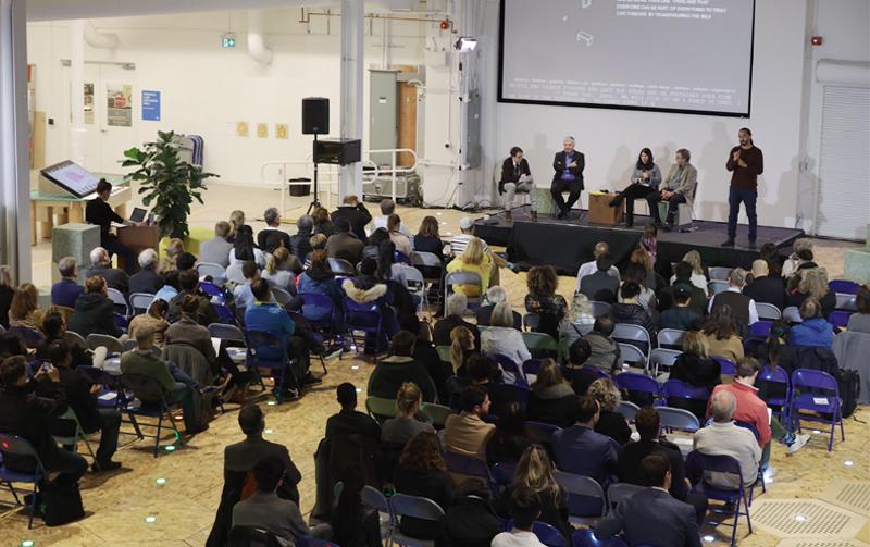 Último encuentro entre uno de los consejos asesores del proyecto y la ciudadanía celebrado esta misma semana en Toronto para hablar sobre diferentes aspectos del distrito inteligente.