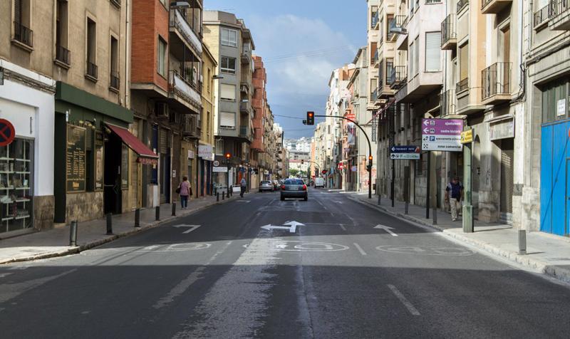 """CalleEntença, en Alcoy, donde se desarrollará el proyecto de """"street lab"""" que convertirá esta vía en un laboratorio urbano de soluciones smart city."""