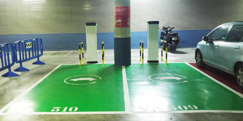 Primeros sistemas de carga eléctrica instalados en la Consejería de Hacienda y Modelo Económico de la Generalitat Valenciana.