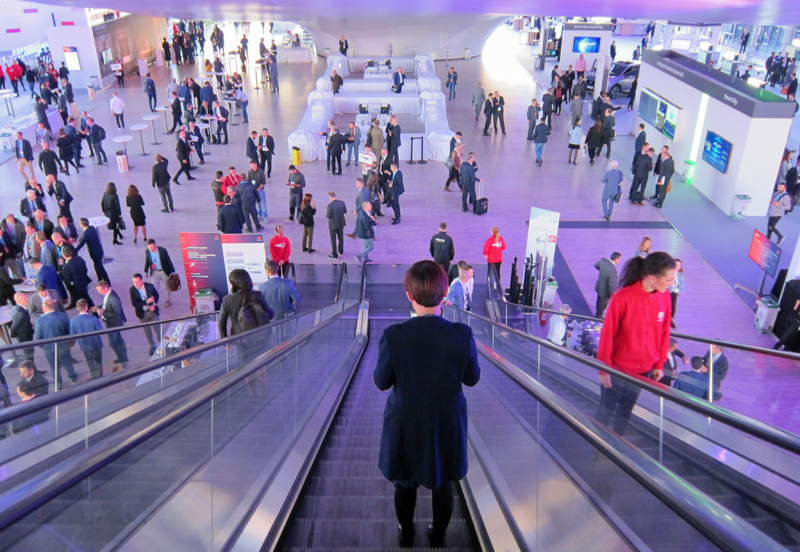 Charlas, conferencias, sesiones de trabajo y área expositiva completaron la oferta del Huawei Eco-Connect Europe 2018.