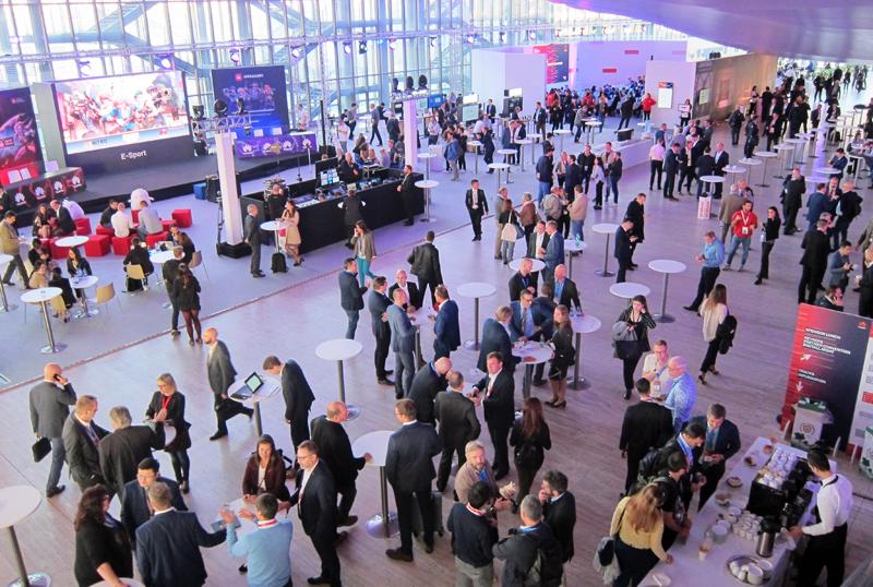 Socios en cada uno de los países en los que opera Huawei, empresas y potenciales clientes acudieron al Eco-Connect 2018.