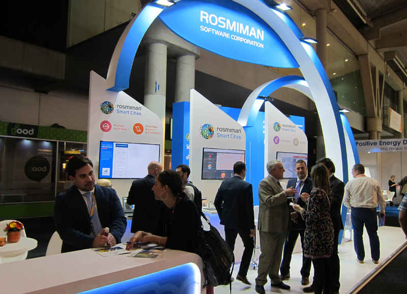 Rosmiman mostró varias de sus tecnologías, entre ellas su plataforma de ciudad.