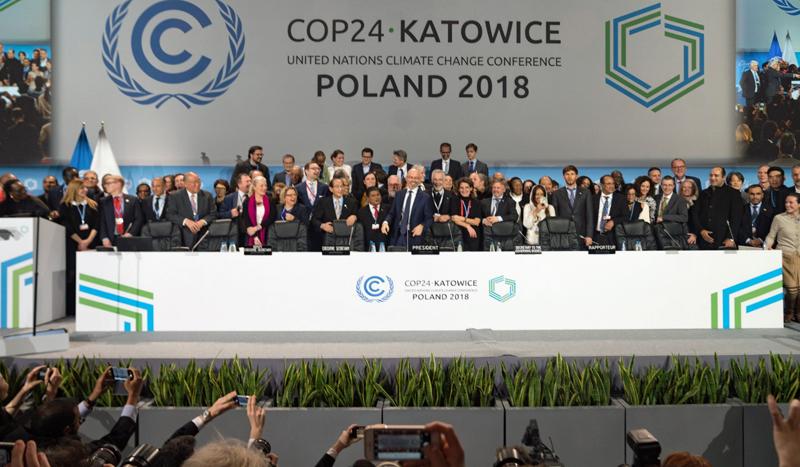 Celebración de la aprobación del reglamento que implementará el Acuerdo de París en el cierre de la COP24.