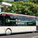 Barcelona incorpora autobuses eléctricos que cargan con pantógrafo y energía procedente del Metro