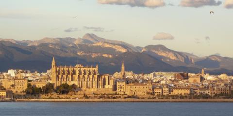 Europcar conecta 1.000 coches en Palma y extenderá su plan de vehículo conectado al resto de países en 2019