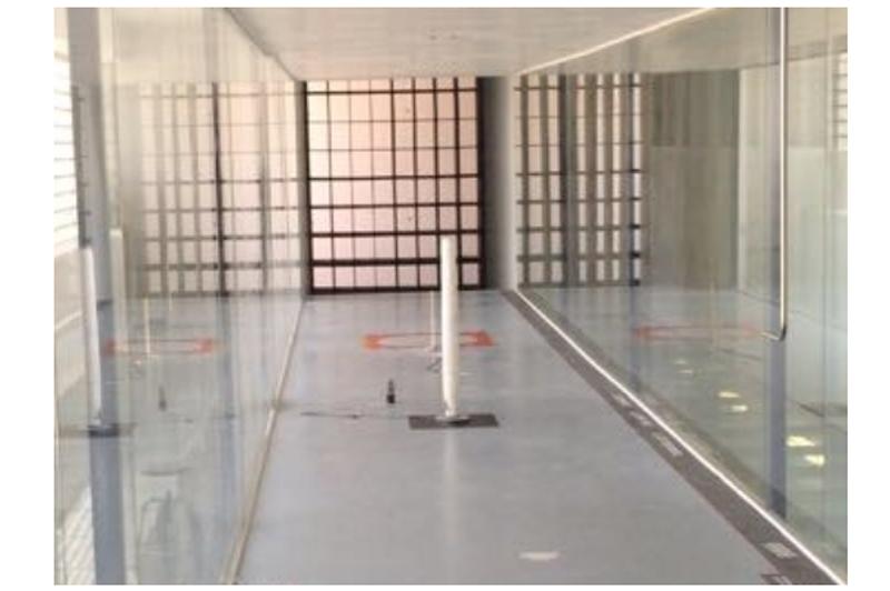 Figura 1. Ensayos en el túnel de viento del Instituto de Microgravedad. Fuente: Ignacio da Riva de la Universidad Politécnica de Madrid (2017).