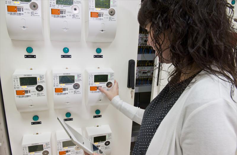 Los nuevos contadores inteligentes de Naturgy, cuya distribuidora ha trabajado en los últimos años en la sustitución de estos medidores y su integración en el sistema de telegestión tal y como establece la legislación vigente.