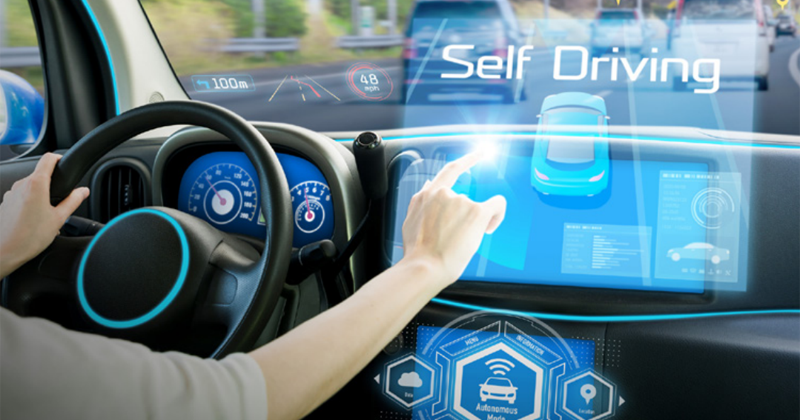 La conducción autónoma es una de las áreas en las que la Unión Europea trabaja aplicando los avances en inteligencia artificial.