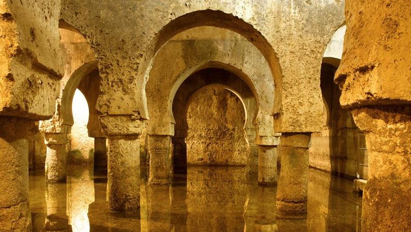 El proyecto Cáceres patrimonio inteligente permitirá monitorizar el número de visitantes y el estado de los edificios turísticos.