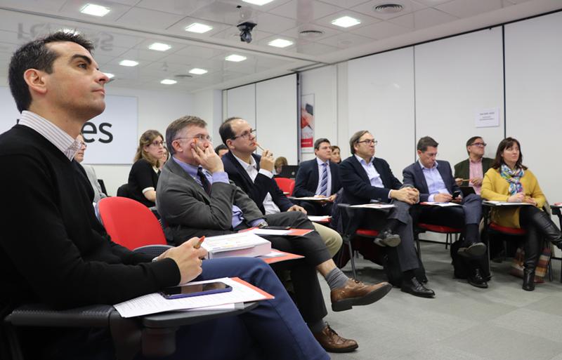 El pasado 13 de febrero se constituyó el Comité Técnico del V Congreso Ciudades Inteligentes y se abrió el llamamiento de comunicaciones y proyectos.