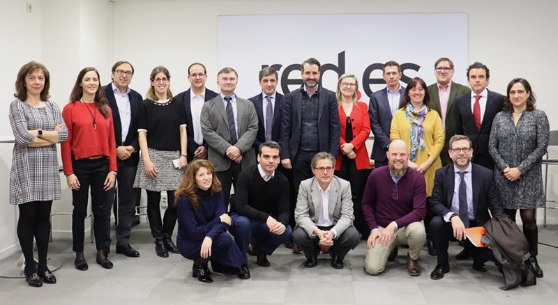 Foto de familia de los miembros del Comité Técnico del V Congreso Ciudades Inteligentes.