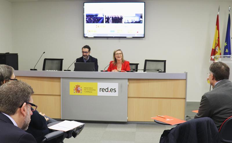 David Cierco, director general de Red.es, e Inés Leal, directora del Congreso Ciudades Inteligentes, durante el lanzamiento de la quinta edición del evento.