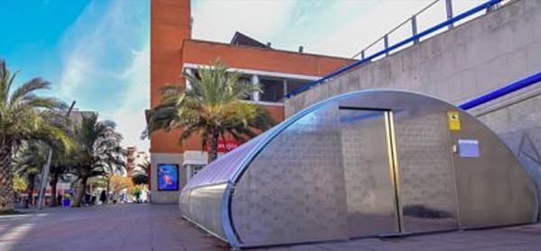 Aparcamiento de bicis que aplica la tecnología a través de un sistema de acceso y una App, ubicado junto a la estación de tren de Torrejón de Ardoz.