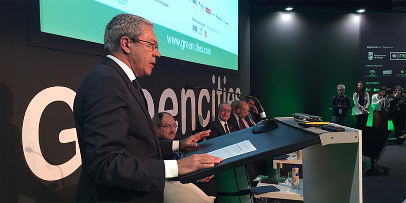 Rogelio Velasco, consejero de Economía, Conocimiento, Empresas y Universidad, anunció que la convocatoria para financiar estrategias smart city en municipios andaluces se publicará entre mayo y junio.