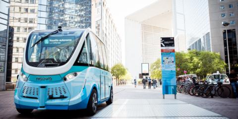 El futuro que ya es presente con las lanzaderas autónomas y eléctricas que circulan en diferentes ciudades