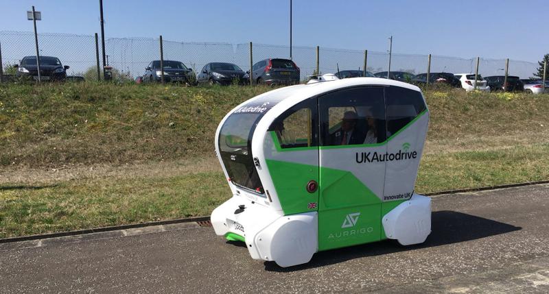 Un vehículo autónomo en pruebas en Reino Unido. Foto: Twitter UK Autodrive.