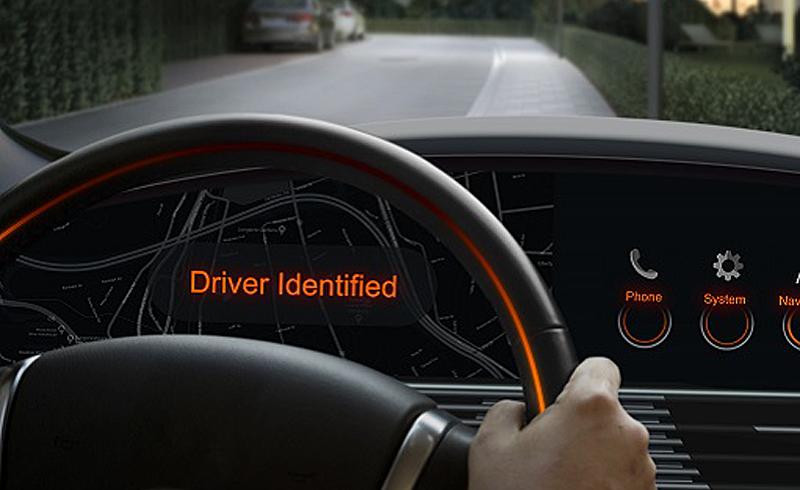 Los desarrollos de Osram permiten incorporar en los vehículos sistemas de identificación de conductor con el escaneo del iris o mediante reconocimiento facial y abrir de esta forma el vehículo.