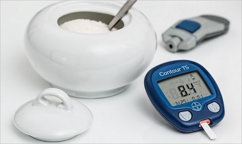 Los pacientes pueden registrar en su historia clínica las mediciones que hacen en casa de parámetros de su salud como los niveles de glucemia o la tensión arterial.
