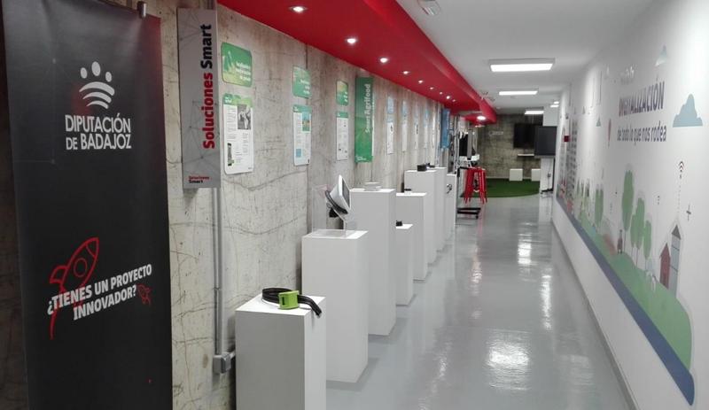 """Área de demostración del Fiware Space, epicentro del ecosistema de innovación del proyecto """"Badajoz es más"""". Foto: Twitter Fiware Space."""