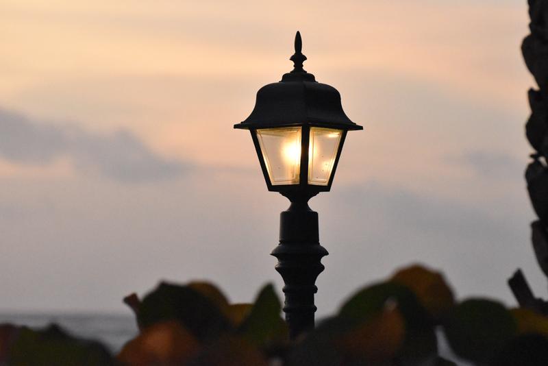El Ayuntamiento de Vera estima un ahorro energético del 67% con la renovación de su alumbrado.