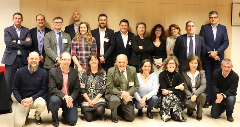 Foto de familia tras la segunda reunión del Comité Técnico del V Congreso Ciudades Inteligentes.