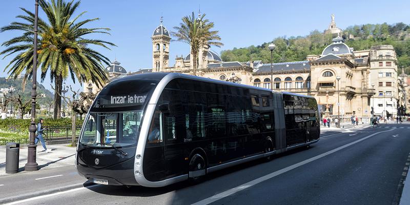 El sistema de transporte Bus Eléctrico Inteligente (BEI) tendrá un sistema de guiado automático y de asistencia al conductor de aproximación a parada. Foto: Irizar