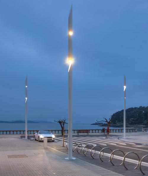 Luminarias de Setga con tecnología Circadionic instaladas en Sanxenxo, Galicia.
