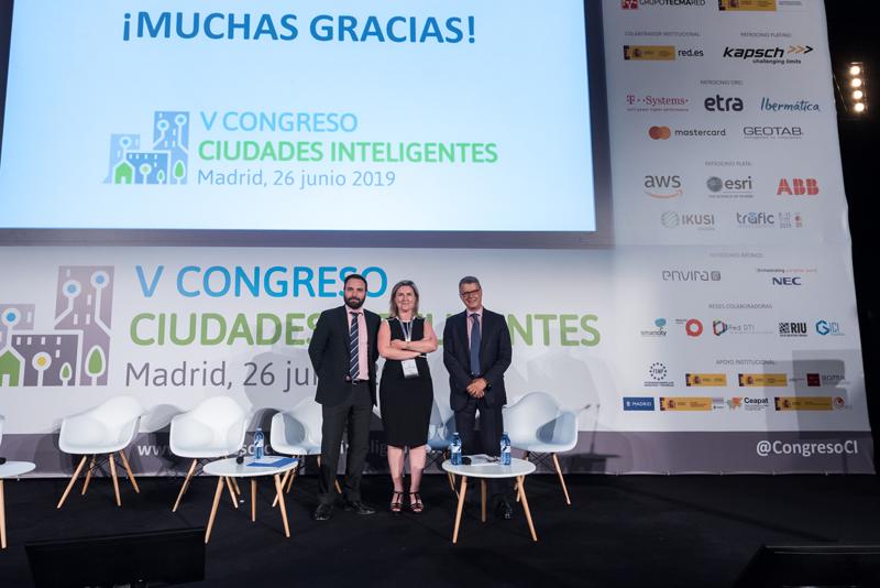 Inés Leal cerró el Congreso emplazando a los congresistas a una sexta edición del Congreso Ciudades Inteligentes.