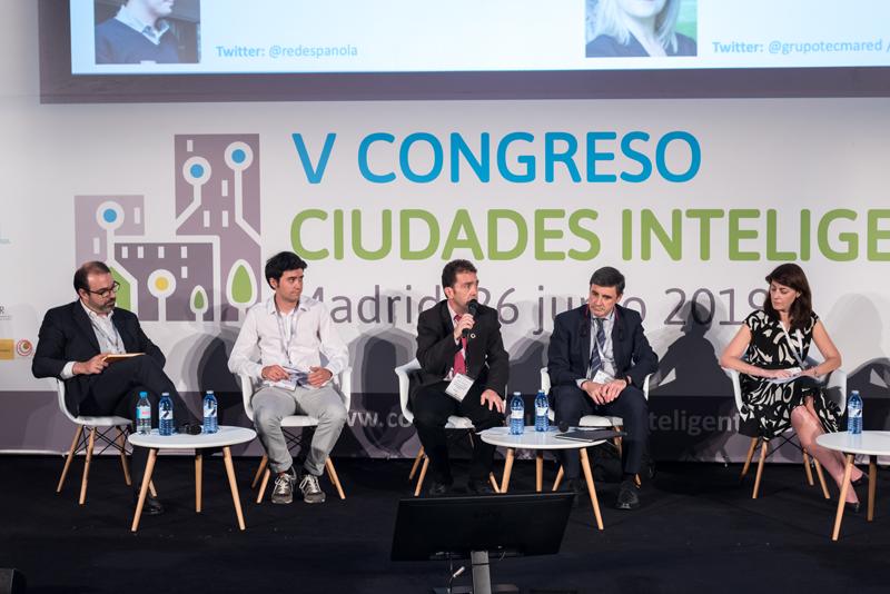 Juan Carlos Abascal, alcalde de Ermua, habló de la necesidad de contar con una estrategia de ciudad a largo plazo.
