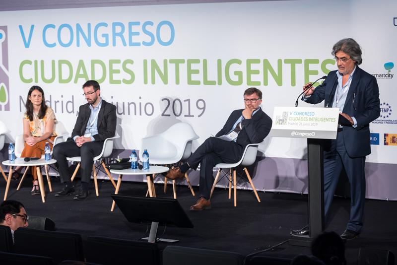 Francisco Javier Huesa en el V Congreso Ciudades Inteligentes