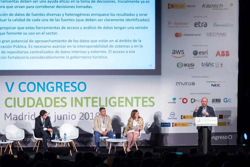 Jesús Herrero, gestor del Mercado de Turismo de Tecnalia Research & Innovation, durante su ponencia.