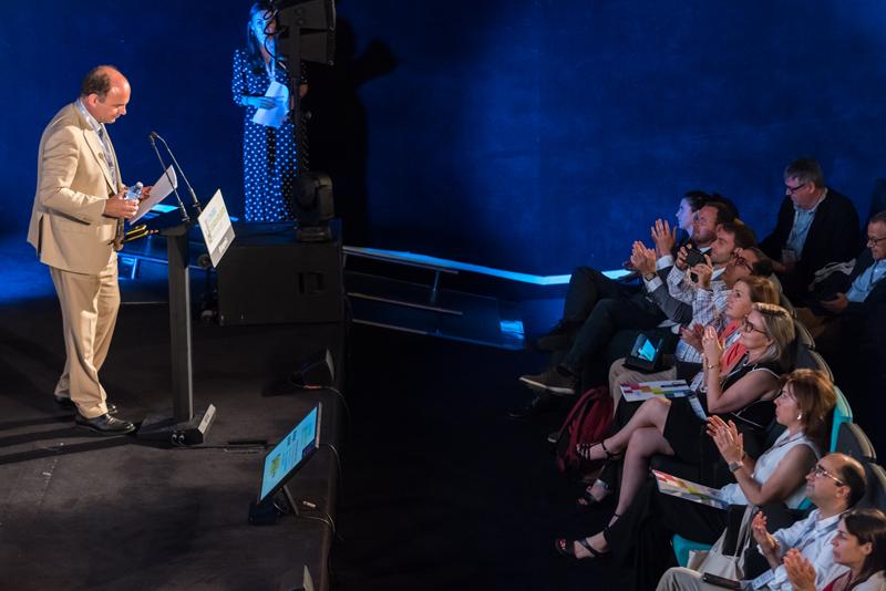 """García Vieira impartió la conferencia magistral """"Balance de las convocatorias Red.es para el impulso de las Ciudades y Territorios Inteligentes"""""""