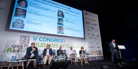 Mesa Redonda: Retos para el desarrollo futuro de las Ciudades y Territorios Inteligentes en España