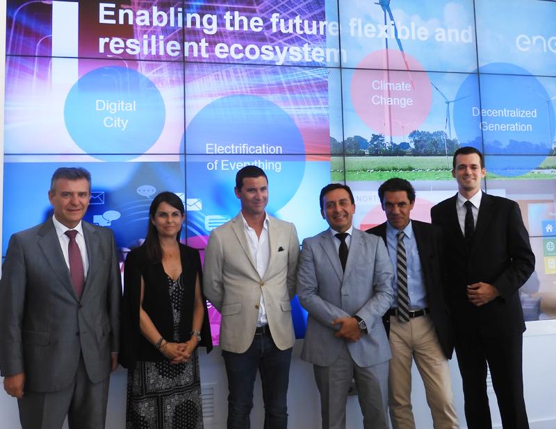 Delegación de Portugal que ha visitado el Smart City Living Lab de Endesa en Málaga.