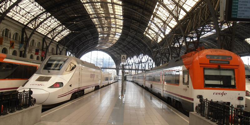 Los objetivos del proyecto que llevan a cabo los clústeres españoles Smart City Clúster y Railway Innovation Hub quiere incorporar el tren al transporte de última milla y hacerlo accesible a todas las personas.