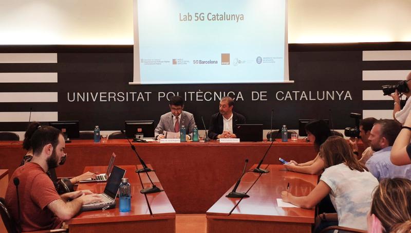 Firma del acuerdo por el Cataluña se convierte en un laboratorio de experimentación 5G.